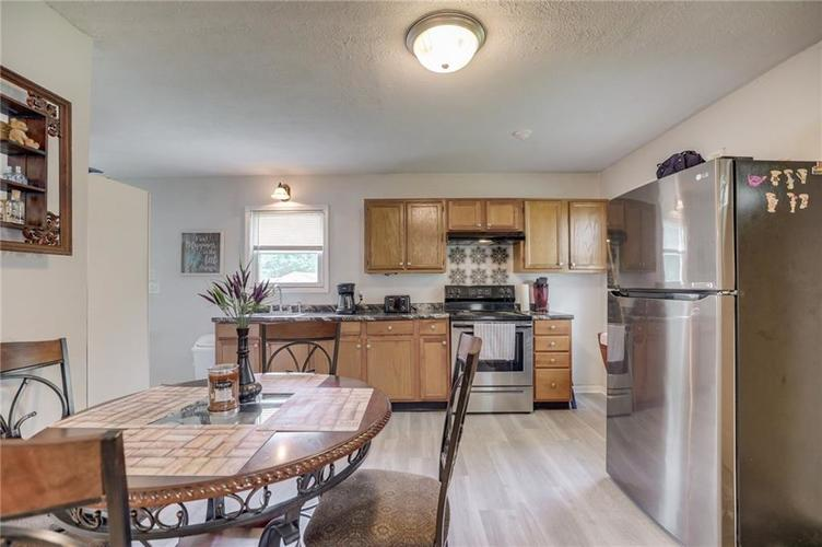 4401 Millersville Road Indianapolis IN 46205 | MLS 21715667 | photo 16