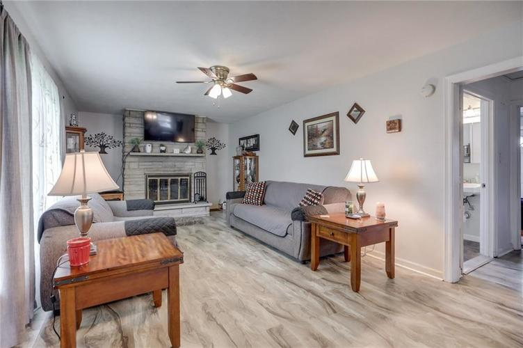 4401 Millersville Road Indianapolis IN 46205 | MLS 21715667 | photo 6