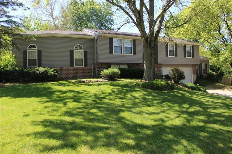 1015 BOGALUSA Court Indianapolis IN 46217 | MLS 21715748 | photo 2