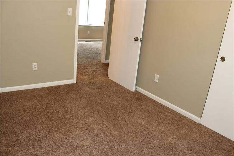 1015 BOGALUSA Court Indianapolis IN 46217 | MLS 21715748 | photo 21