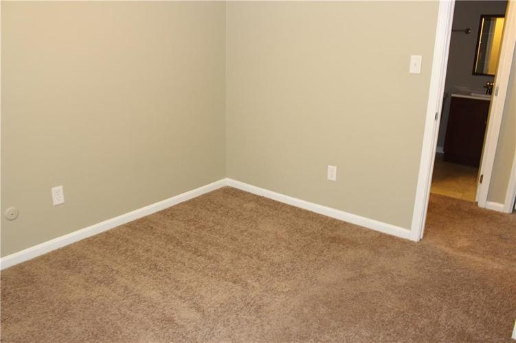 1015 BOGALUSA Court Indianapolis IN 46217 | MLS 21715748 | photo 22