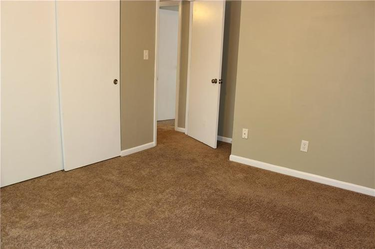 1015 BOGALUSA Court Indianapolis IN 46217 | MLS 21715748 | photo 32
