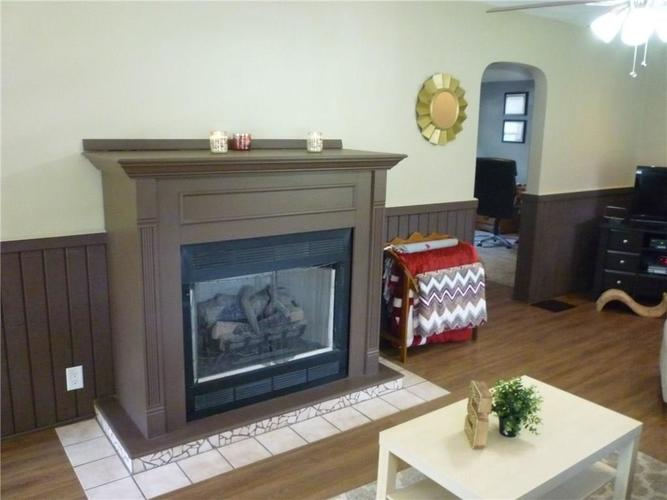 000 Confidential Ave.Indianapolis IN 46205 | MLS 21715791 | photo 11