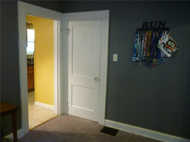 000 Confidential Ave.Indianapolis IN 46205 | MLS 21715791 | photo 19