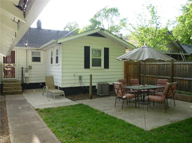 000 Confidential Ave.Indianapolis IN 46205 | MLS 21715791 | photo 2
