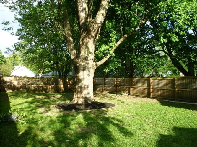 000 Confidential Ave.Indianapolis IN 46205 | MLS 21715791 | photo 23