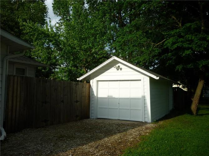 000 Confidential Ave.Indianapolis IN 46205 | MLS 21715791 | photo 24