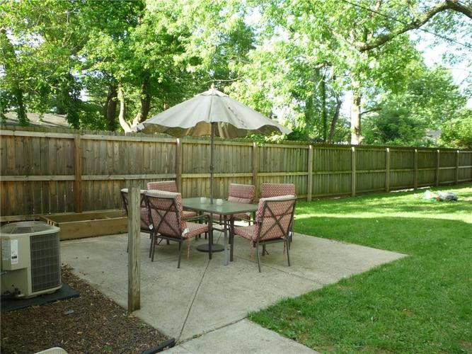 000 Confidential Ave.Indianapolis IN 46205 | MLS 21715791 | photo 3