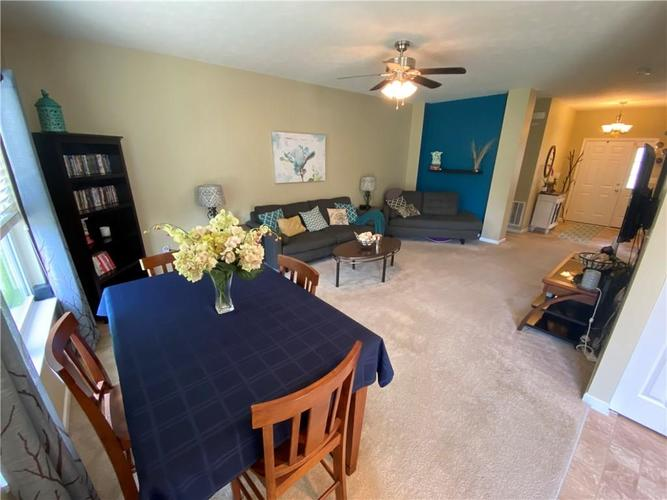 11820 Rossmore Drive Indianapolis IN 46235 | MLS 21715799 | photo 6