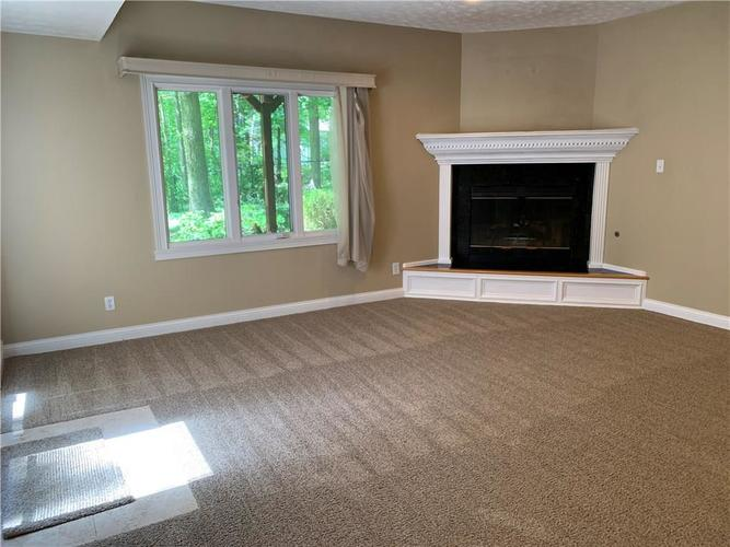 7028 Bluffridge Place Indianapolis IN 46278 | MLS 21715840 | photo 13