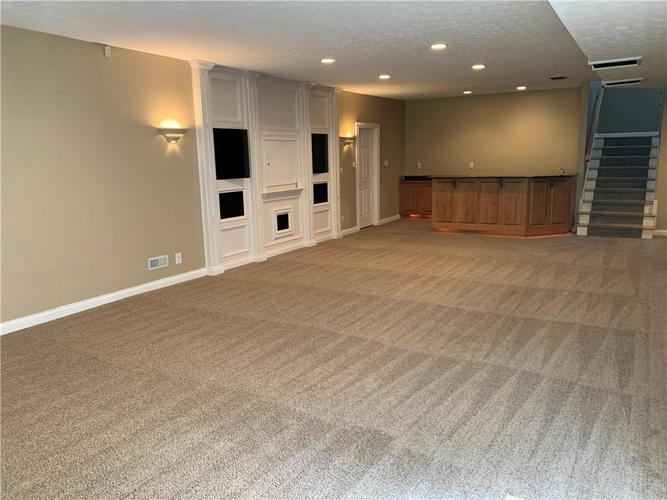7028 Bluffridge Place Indianapolis IN 46278 | MLS 21715840 | photo 14