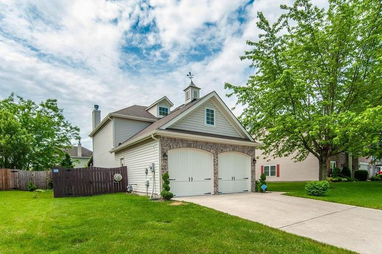 6271 Runnymede Court Camby IN 46113 | MLS 21715927 | photo 3