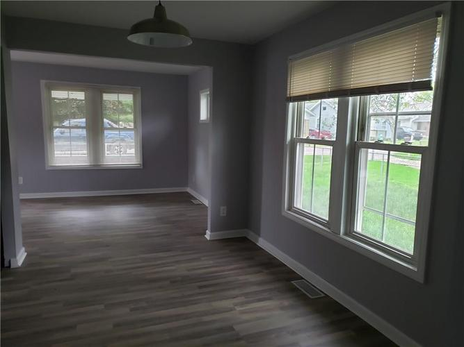 520 Laclede Street Indianapolis IN 46241 | MLS 21716016 | photo 4