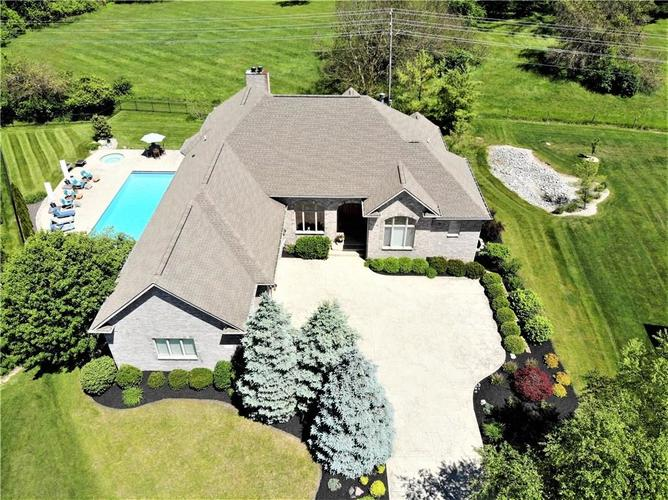 5712  Beisinger Place Indianapolis, IN 46237 | MLS 21716035