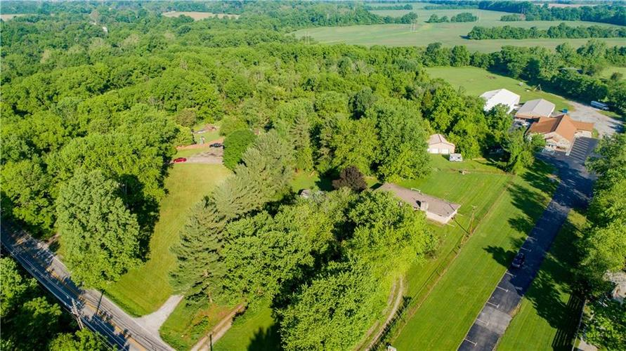 7870 S Mooresville Road Camby IN 46113 | MLS 21716057 | photo 13