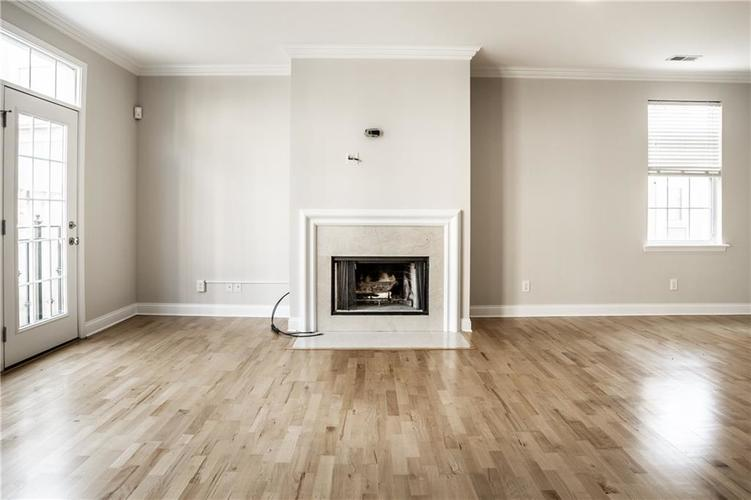 943 Junction Place Indianapolis IN 46220 | MLS 21716059 | photo 13