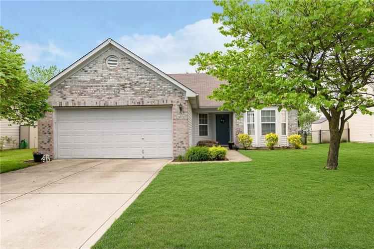 1722 Blankenship Drive Indianapolis IN 46217 | MLS 21716091 | photo 1