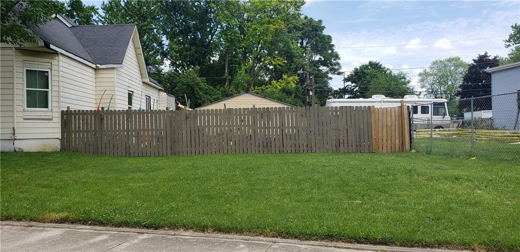 1810 Southeastern Avenue Indianapolis IN 46201 | MLS 21716100 | photo 1