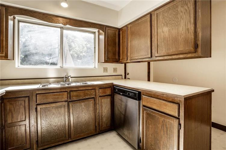 66036605 N College Avenue Indianapolis IN 46220 | MLS 21716101 | photo 15