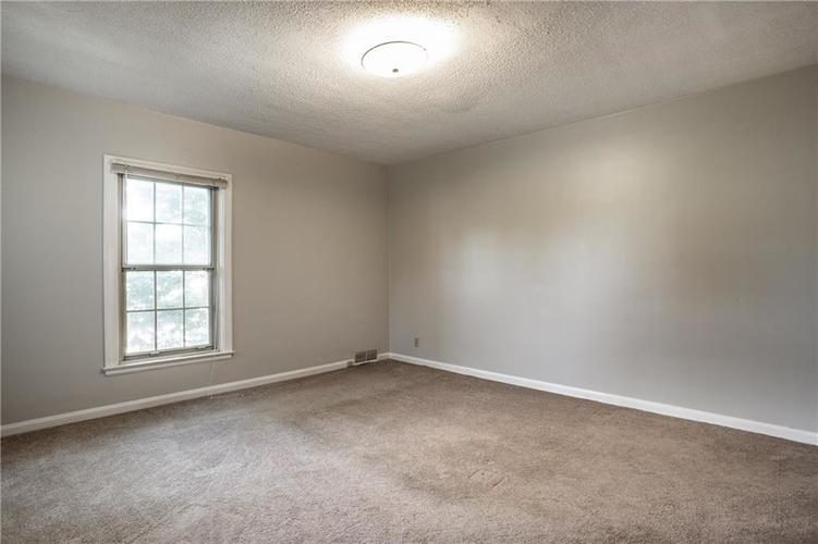 66036605 N College Avenue Indianapolis IN 46220 | MLS 21716101 | photo 24