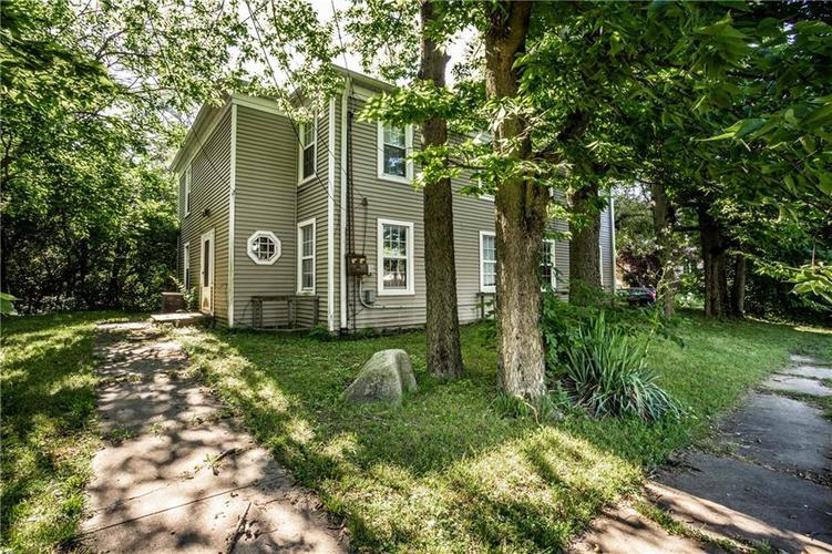 66036605 N College Avenue Indianapolis IN 46220 | MLS 21716101 | photo 29