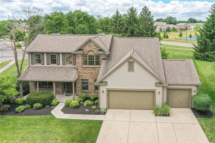 4835 PINEBROOK Drive Noblesville IN 46062 | MLS 21716135 | photo 2
