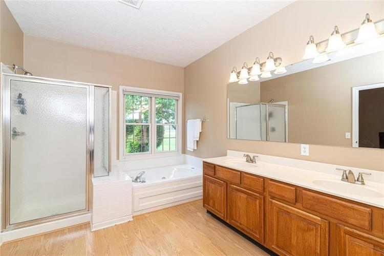 4835 PINEBROOK Drive Noblesville IN 46062 | MLS 21716135 | photo 22