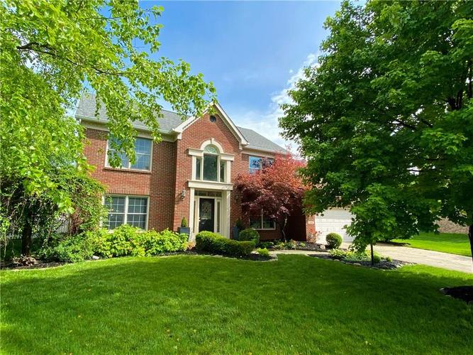 9136  Pointe Court Fishers, IN 46037   MLS 21716165