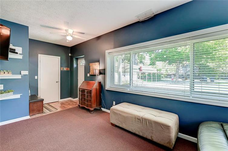 1927 E 69TH Street Indianapolis IN 46220 | MLS 21716180 | photo 11