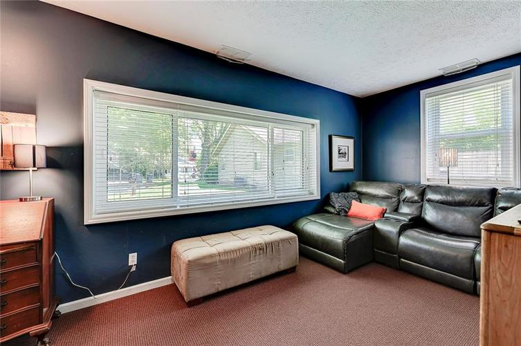 1927 E 69TH Street Indianapolis IN 46220 | MLS 21716180 | photo 12