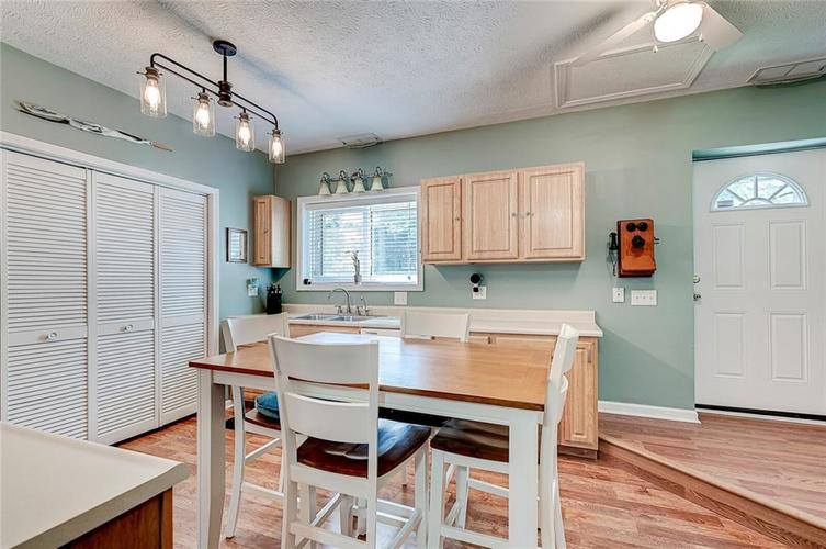 1927 E 69TH Street Indianapolis IN 46220 | MLS 21716180 | photo 18