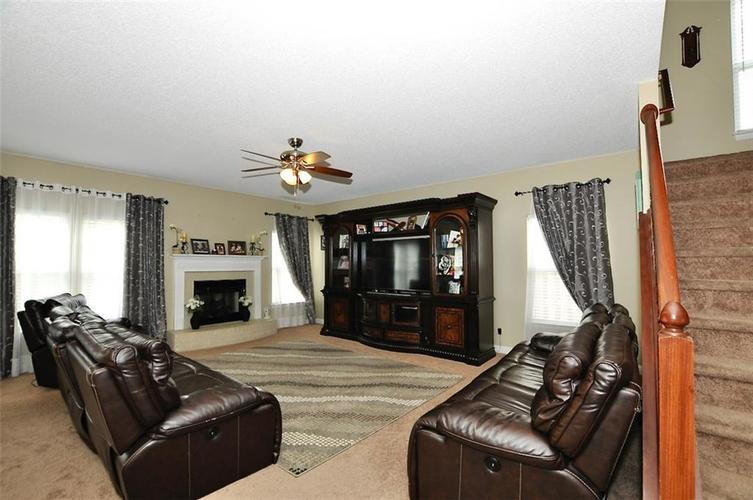 13408 N BADGER GROVE Drive Camby IN 46113 | MLS 21716219 | photo 2