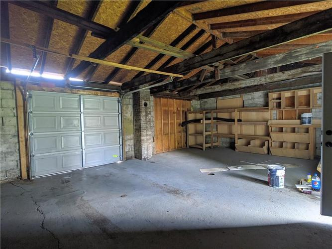 611 LINCOLN Street Indianapolis IN 46203 | MLS 21716223 | photo 15