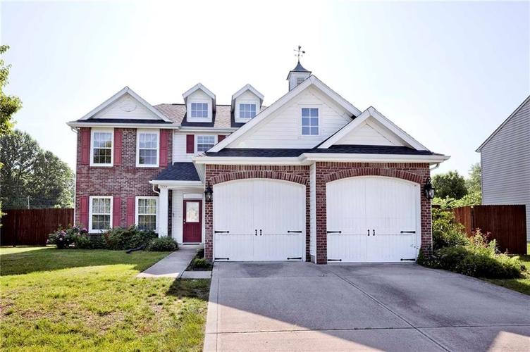 7139 Bobcat Trail Drive Indianapolis IN 46237 | MLS 21716588 | photo 1