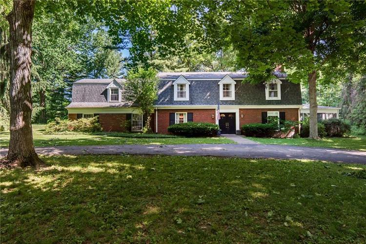 2924 Sinclair Wood Drive Indianapolis IN 46240 | MLS 21716648 | photo 1