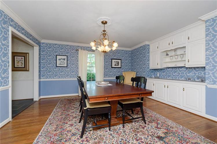 2924 Sinclair Wood Drive Indianapolis IN 46240 | MLS 21716648 | photo 10