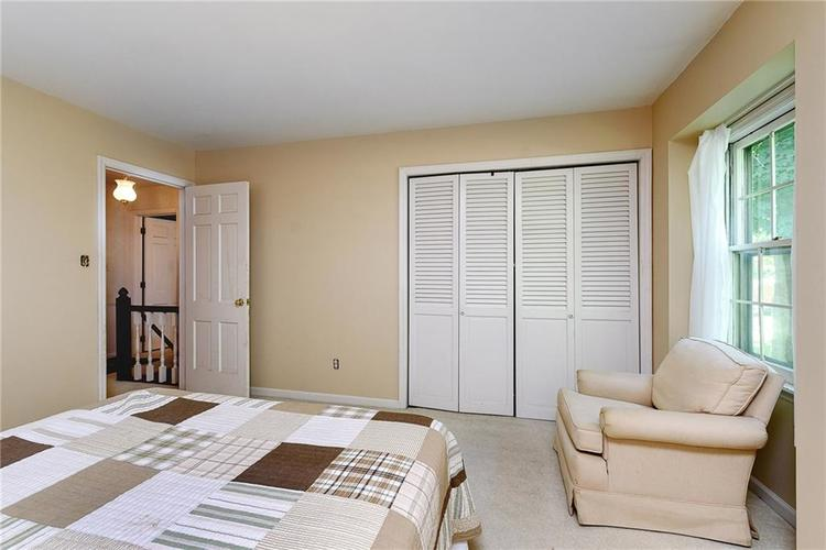 2924 Sinclair Wood Drive Indianapolis IN 46240 | MLS 21716648 | photo 21