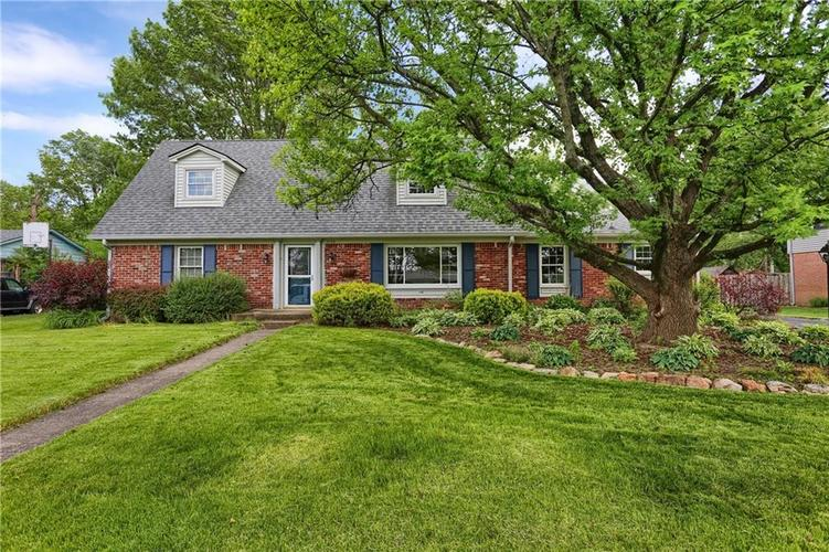 7159 Wynter Way Indianapolis IN 46250 | MLS 21716844 | photo 1