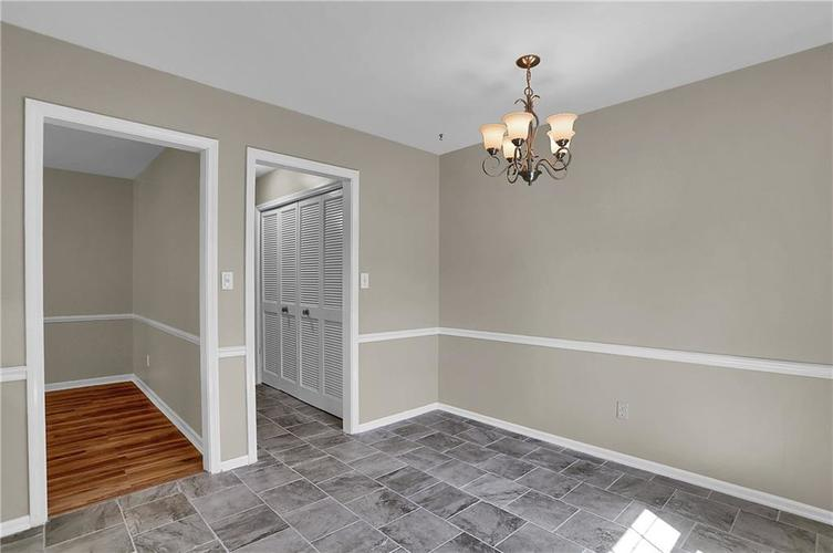 7159 Wynter Way Indianapolis IN 46250 | MLS 21716844 | photo 16