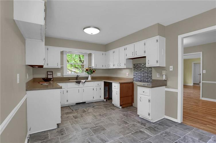 7159 Wynter Way Indianapolis IN 46250 | MLS 21716844 | photo 17