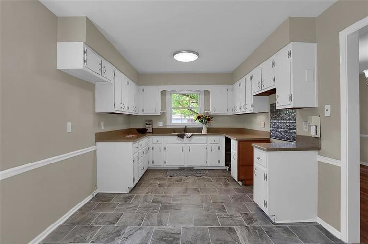 7159 Wynter Way Indianapolis IN 46250 | MLS 21716844 | photo 18