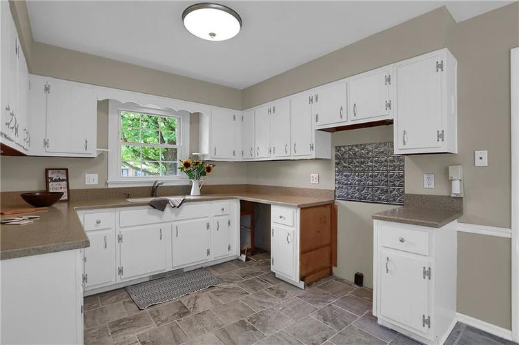 7159 Wynter Way Indianapolis IN 46250 | MLS 21716844 | photo 20