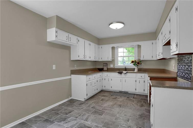 7159 Wynter Way Indianapolis IN 46250 | MLS 21716844 | photo 26