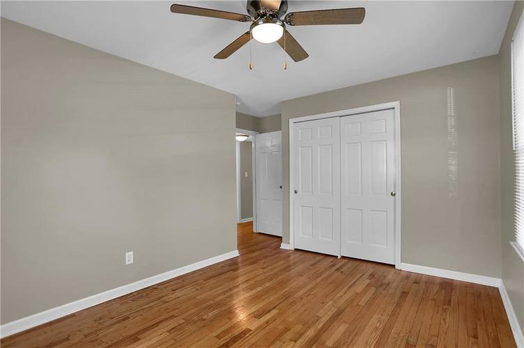 7159 Wynter Way Indianapolis IN 46250 | MLS 21716844 | photo 37