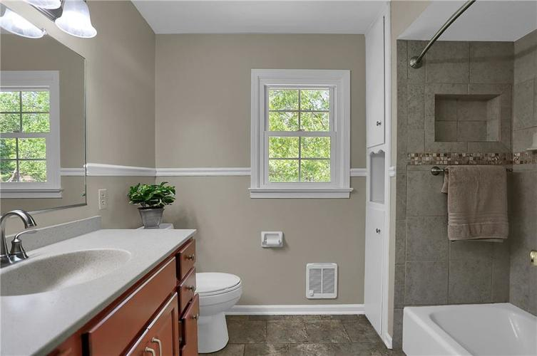 7159 Wynter Way Indianapolis IN 46250 | MLS 21716844 | photo 43