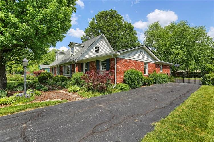7159 Wynter Way Indianapolis IN 46250 | MLS 21716844 | photo 6