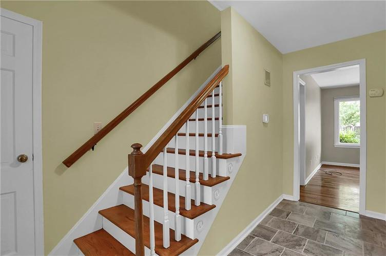 7159 Wynter Way Indianapolis IN 46250 | MLS 21716844 | photo 8