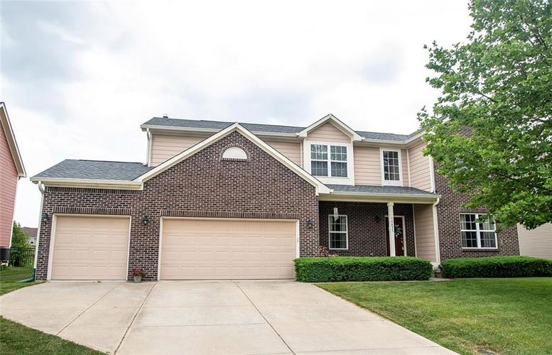 14451  HEATHER KNOLL Parkway Carmel, IN 46074 | MLS 21717088