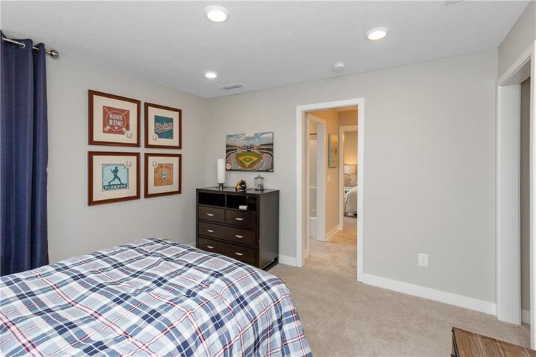 4723 Rocky Hollow Drive Indianapolis IN 46239 | MLS 21718176 | photo 18
