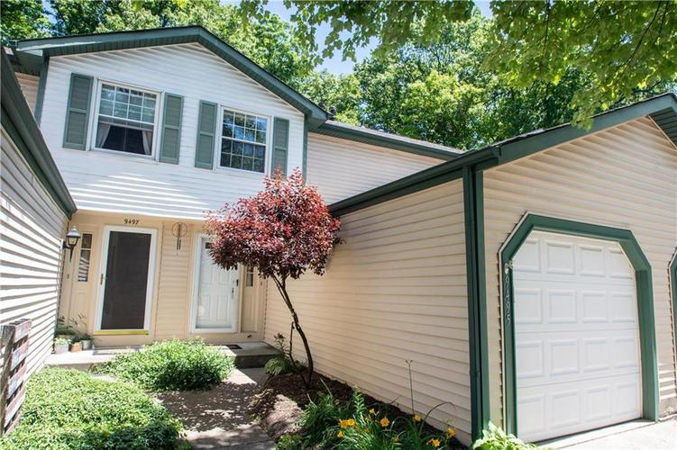 9495 Timber View Drive Indianapolis in 46250 | MLS 21718207 | photo 2